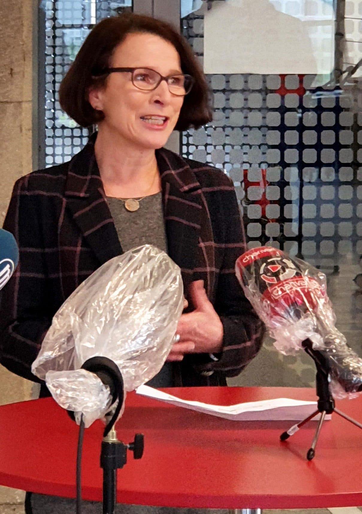 Auf Suche nach guten Partnern – aus der häuslichen Quarantäne Oberbürgermeisterin Gertrud Maltz-Schwarzfischer für politische Stabilität