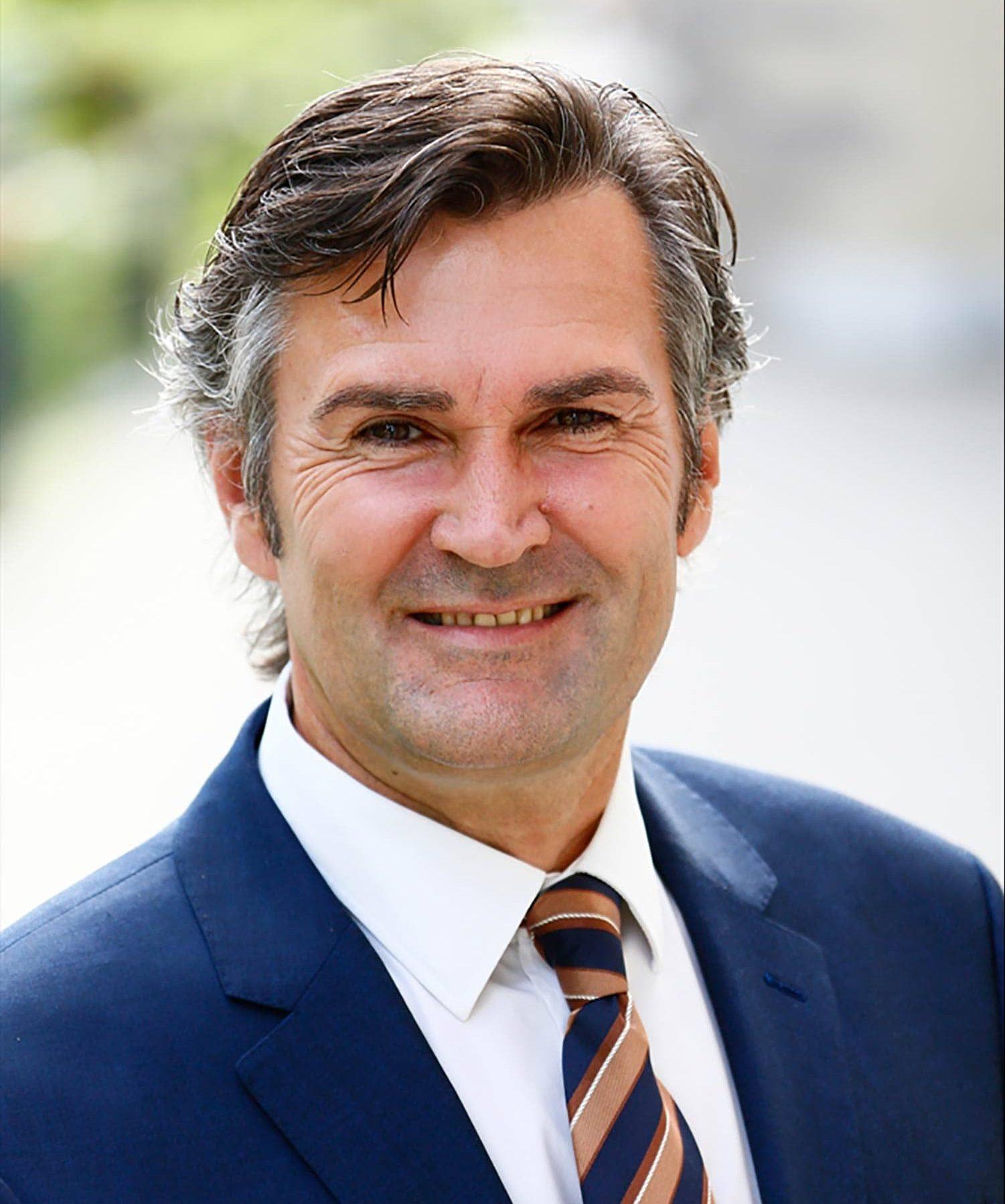 Der seit 2014 amtierende Obertraublinger Bürgermeister Rudolf Graß (Freie Wähler) wurde mit 53,52 Prozent wiedergewählt. Er trat gegen zwei Gegenkandidaten an. Die Wahlbeteiligung liegt bei 61,30 Prozent. Foto: Foto Graggo