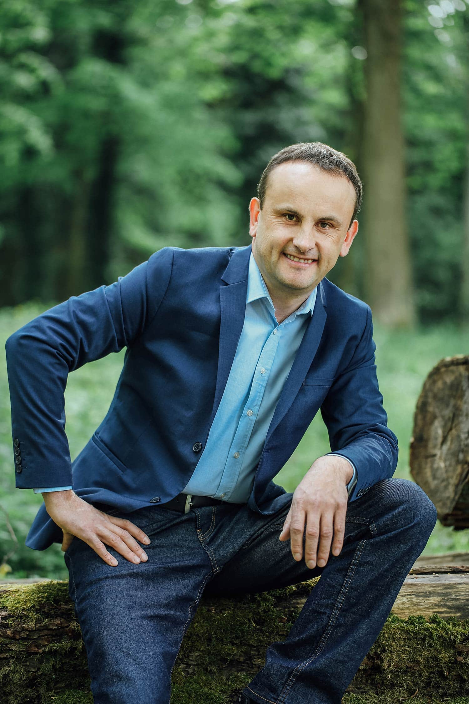 Der neue Bürgermeister der Stadt Wörth an der Donau heißt Josef Schütz. Der CSU-Kandidat setzte sich mit 78,6 Prozent der Stimmen gegen Ulrike Riedel-Waas (Vereinigung Aktiver Wähler) durch. Foto: Tine Kirchmayer Fotografie
