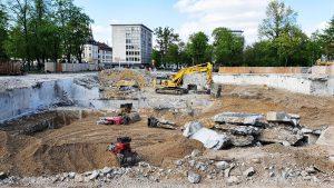 Die Fläche des zukünftigen Interims-ZOB am Ernst-Reuter Platz im April 2020
