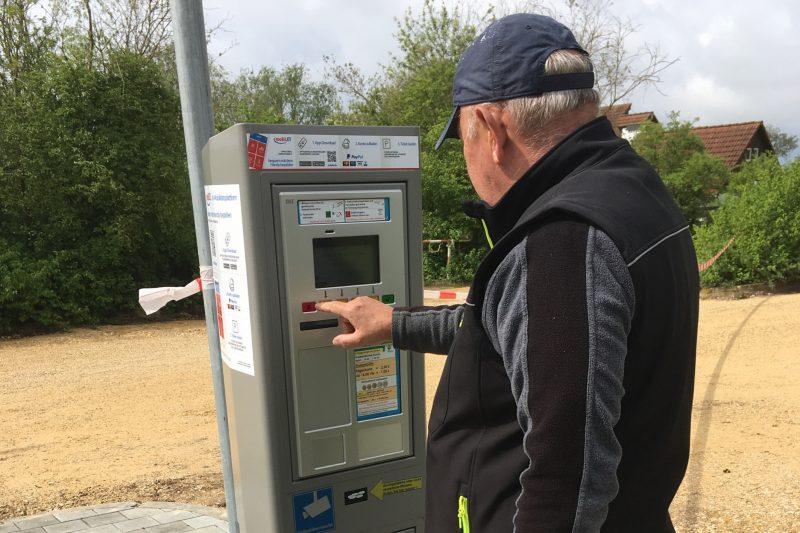 Neuregelung der Parkordnung am Guggenberger See Parkscheinautomaten ersetzen Kassierstellen