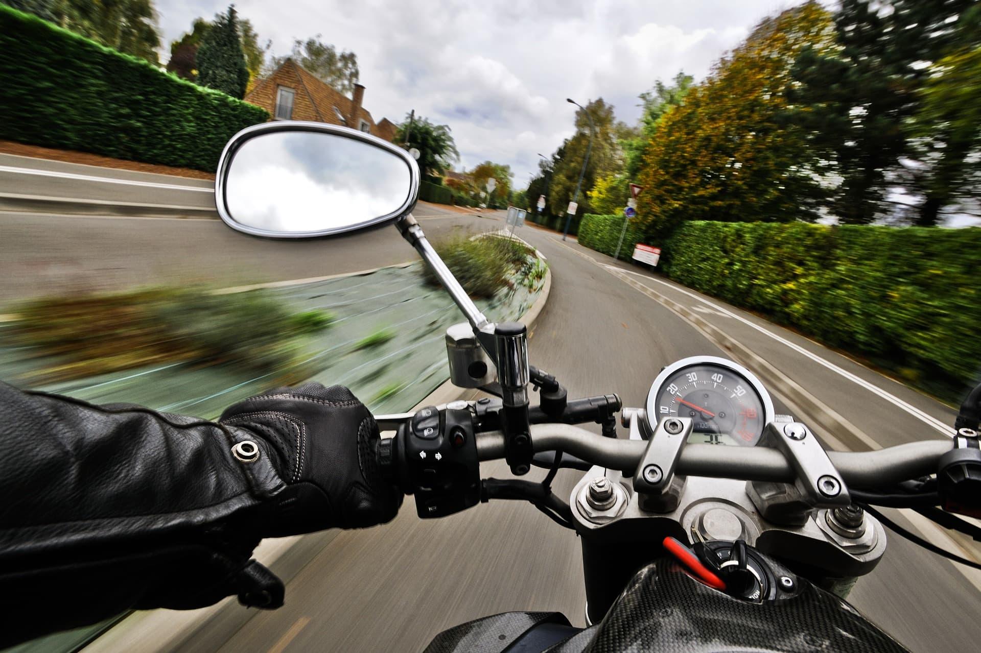 Tödliche Geschwindigkeit Unfallstatistik zum Start der Motorradsaison / Sicherheitstipps der Polizei