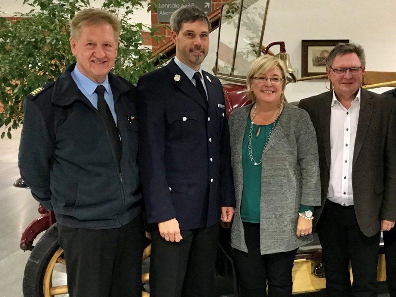 Digitalfunk bereitet den Einsatzkräften im Landkreis Regensburg Probleme Feuerwehr wendet sich hilfesuchend an Landtagsabgeordnete Sylvia Stierstorfer