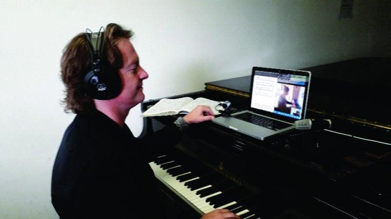 Corona zeigt eine neue Perspektive in der Musikwelt auf Digitale Musikpädagogik an der Universität Regensburg / Dozenten erkennen auch Vorteile in der neuen Form