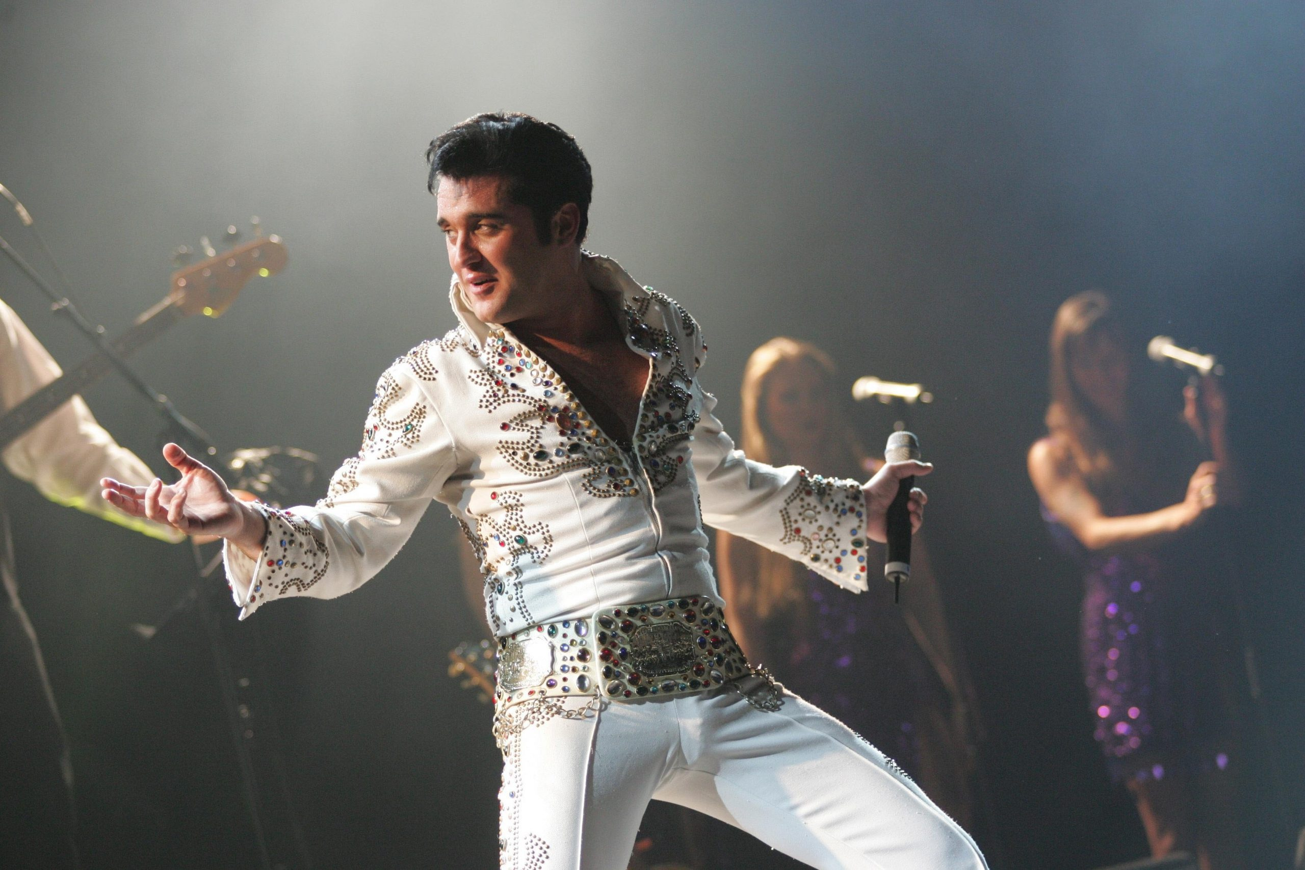 """""""Elvis – Das Musical"""" in Regensburg verschoben Live-Spektakel über den King of Rock'n'Roll findet am 30. März 2021 statt"""