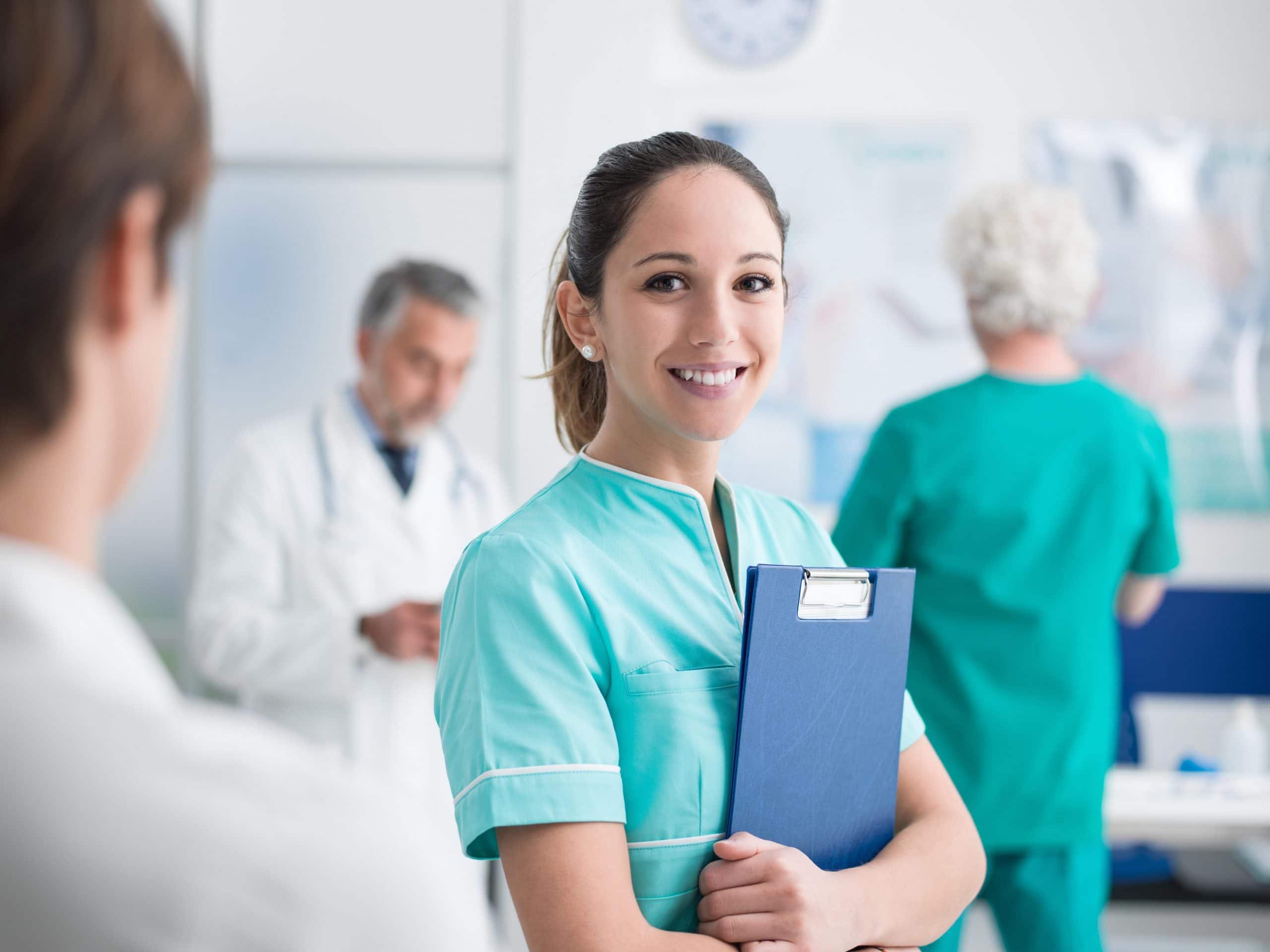 Gesundheitssektor bietet beste Chancen für Berufseinsteiger und Umsteiger Neue Ausbildung für Multitalente in der Gesundheit