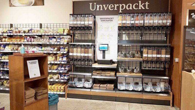 Unverpackt einkaufen wieder möglich bei denn's Biomarkt in Regensburg Filiale in der Kumpfmühler Straße in Regensburg öffnet umweltfreundliche Unverpackt-Station