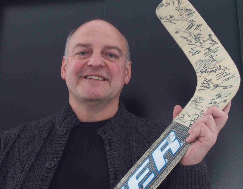 """Armin Wolf erinnert an alte Eishockey-Zeiten """"Sportstimme Ostbayerns"""" produziert Videos"""