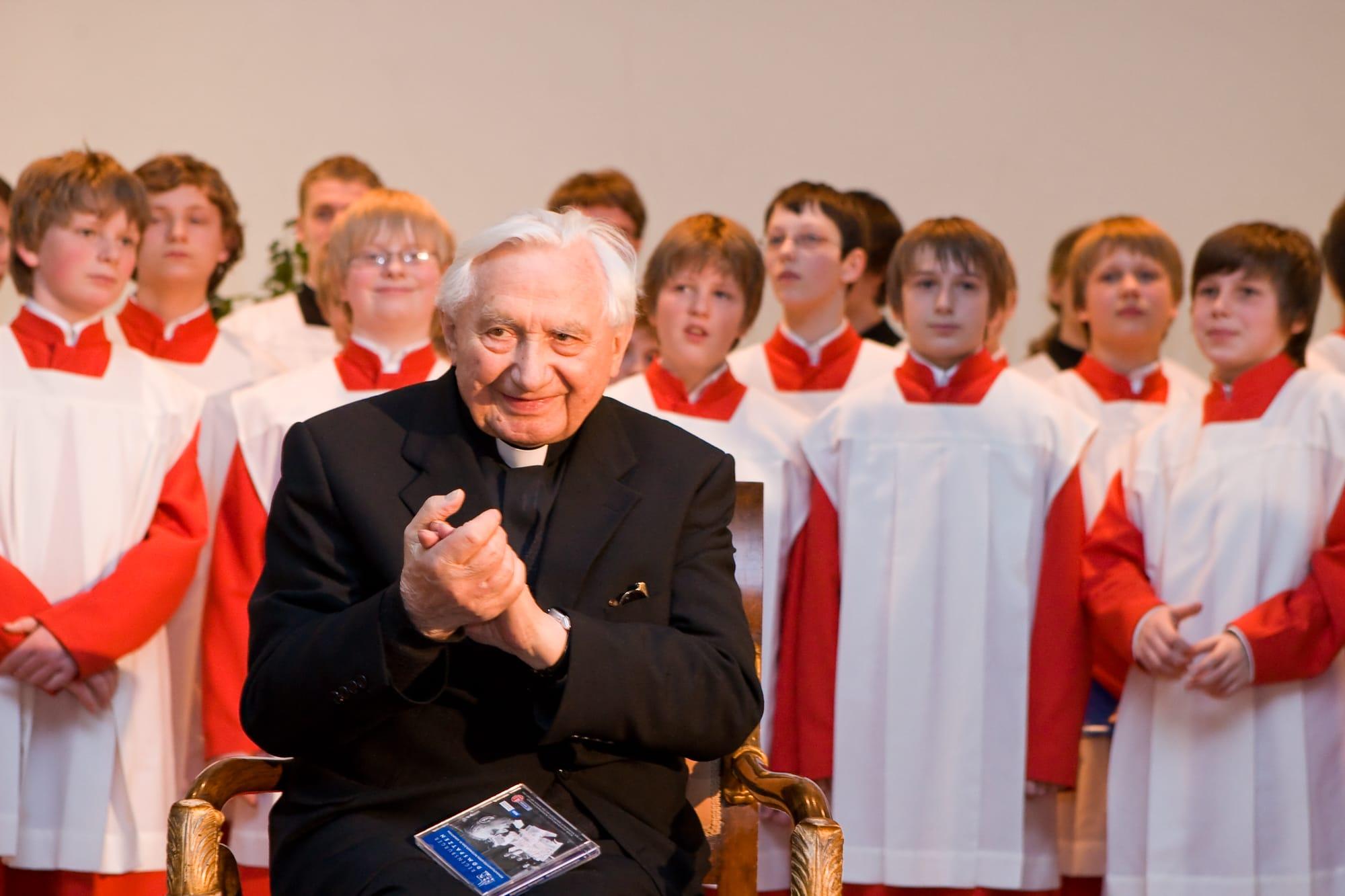 Ein Leben für die Musica sacra Regensburger Domspatzen trauern um ihren früheren Domkapellmeister Georg Ratzinger