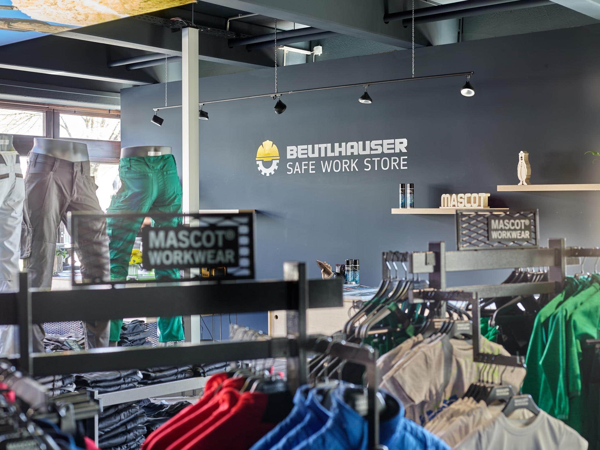 Beutlhauser: Spezialist für Arbeitskleidung im Gewerbepark Regensburg Safe Work Store überzeugt mit einem breitgefächertem Sortiment