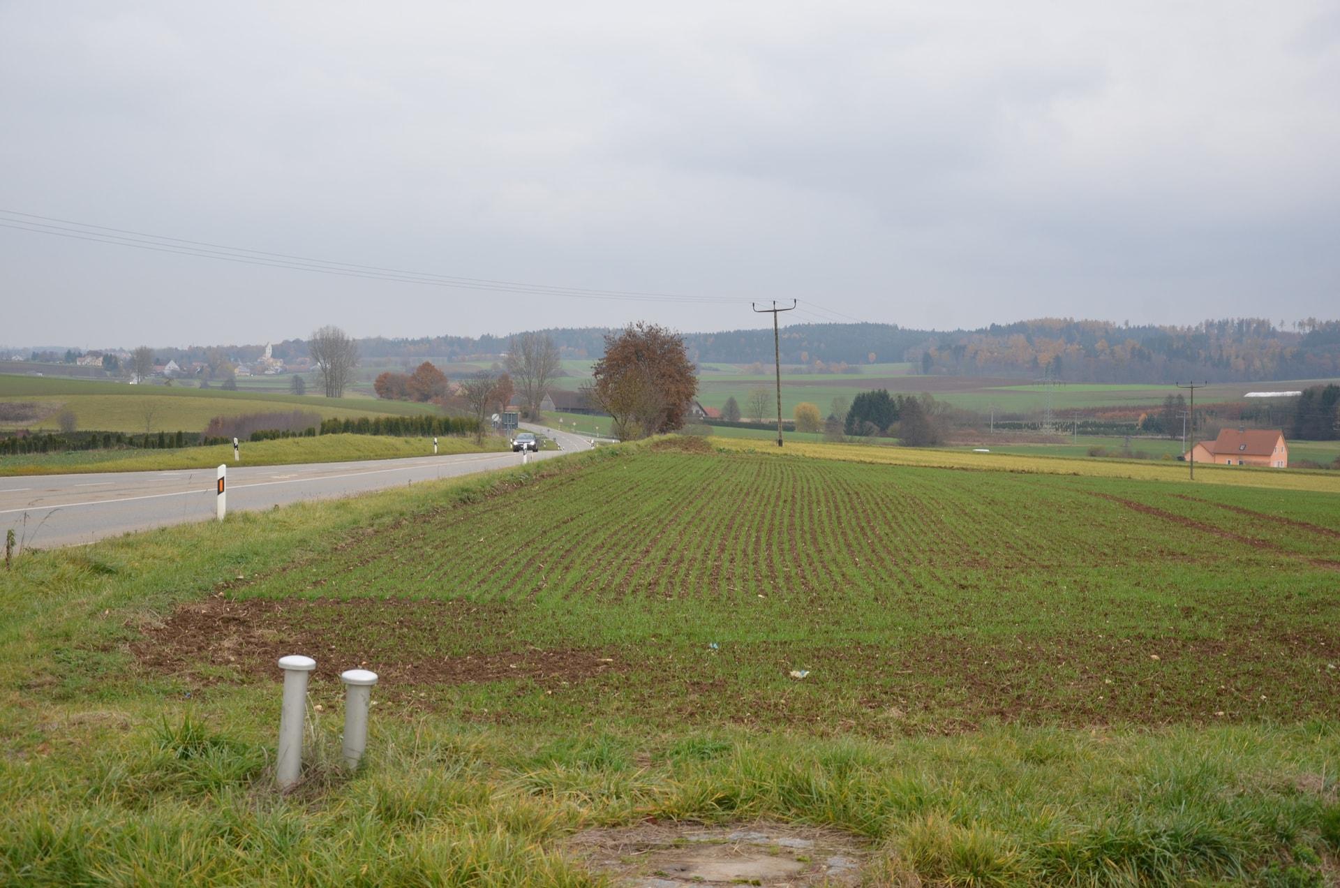 Südspange R 30: Nächstes Jahr geht's los Nach langem Rechtsstreit kann 2021 mit dem ersten Bauabschnitt bei Köfering begonnen werden
