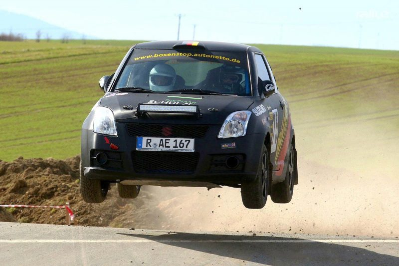 Corona bremst Regensburger Rallye-Pilot Schulze aus Der Start in der NAVC-Meisterschaft war erfolgreich für den Boxenstop-Chef, doch dann kam das Virus.