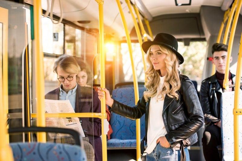 RVV führt das 365-Euro-Ticket ein Trotz Corona: Ab dem 1. August fahren Schüler und Azubis vergünstigt in Bus und Bahn