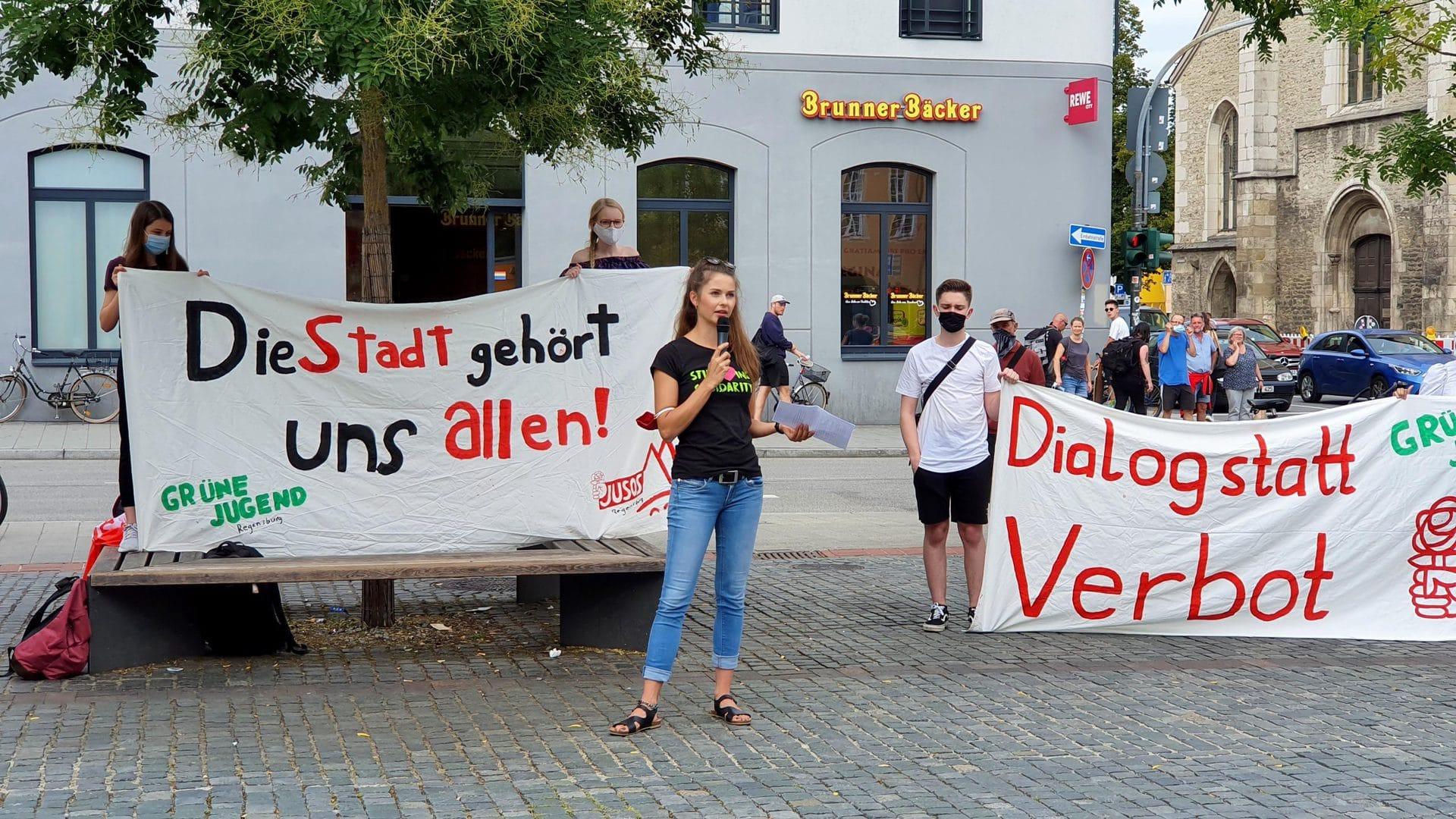 Betretungsverbot ist beschlossen Trotz Demo: Aus für Partynächte auf beliebten Regensburger Grünflächen