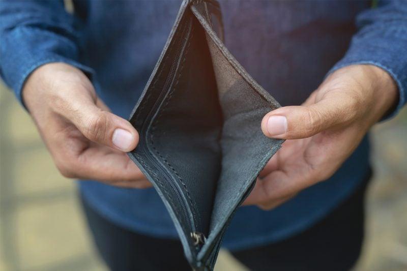 Caritas appelliert zu mehr sozialer Verantwortung Die Caritas sieht in der Sozialpolitik dringenden Handlungsbedarf. Immer mehr Menschen seien Opfer von ungerechten Löhnen und schlechten Arbeitsbedingungen.