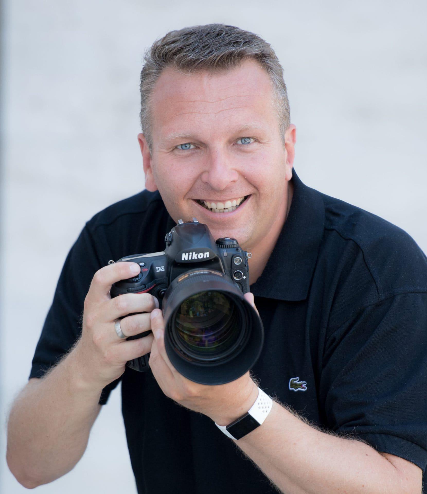 Gewinne mit Blizz ein exklusives Fotoshooting mit Tobias Büttner von Photo-Studio Büttner Photo-Studio Büttner feiert Jubiläum: 15 Jahre professionelle Fotografie aus Regensburg