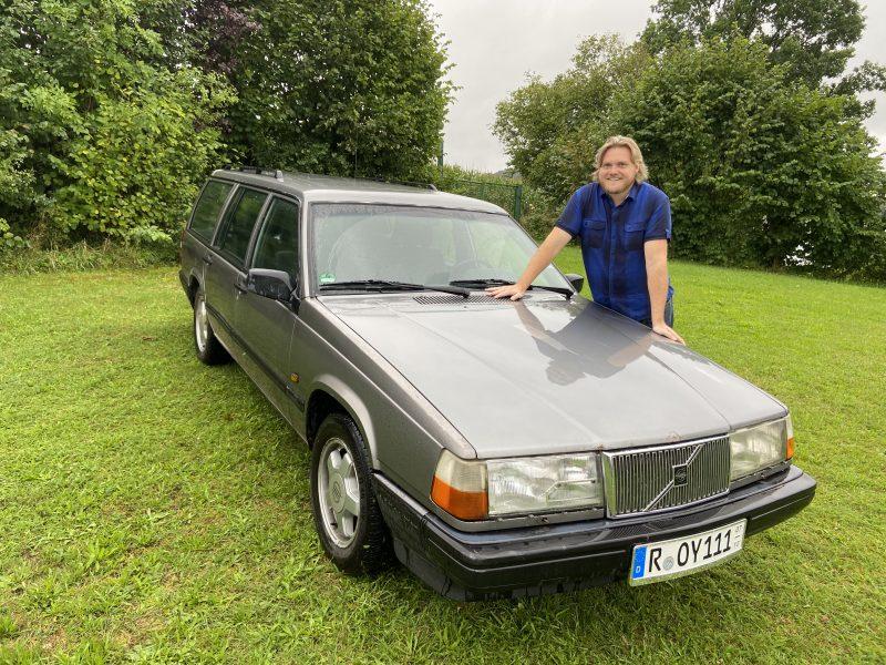 Volvo von Roy Black zum Leben erweckt Regensburger Radiomoderator Herbert Feldbauer hat das letzte Auto der deutschen Schlagerlegende restauriert