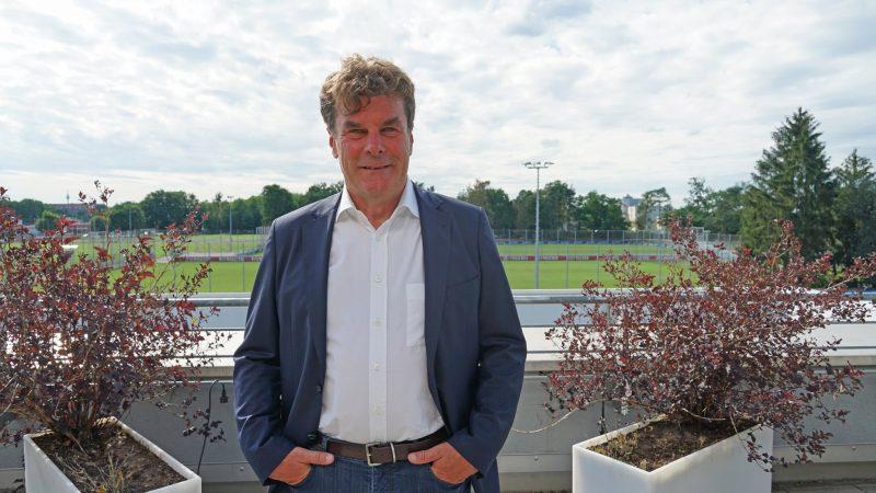"""Dieter Hecking: """"Wir haben mehr Qualität, als wir abgerufen haben!"""" Der neue Sportvorstand des 1. FC Nürnberg vor dem Derby gegen Jahn Regensburg im Blizz-Interview"""