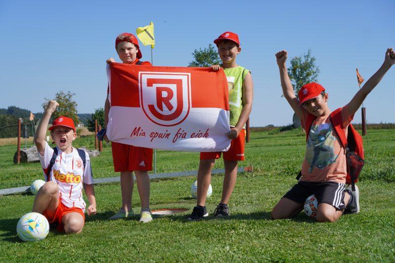 Jahn Regensburg schafft neue Angebote für junge Mitglieder und Jahnfans