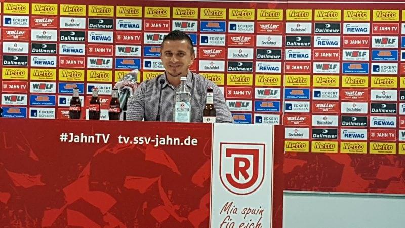 """""""Wir respektieren Darmstadt 98, mehr aber auch nicht"""" Nach gutem Auftritt gegen Nürnberg: Jahn-Cheftrainer Mersad Selimbegovic geht mit viel Selbstvertrauen in das zweite Saisonspiel"""