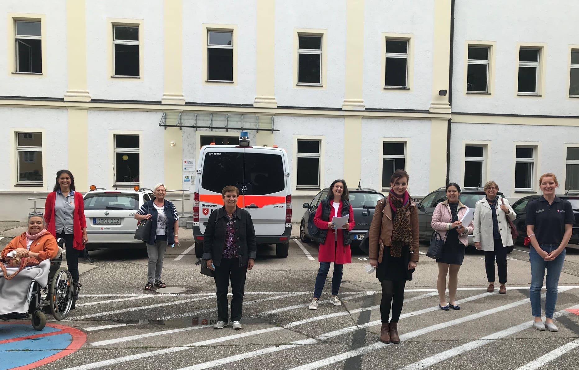 Endlich hört mir jemand zu! Malteser Telefonbesuchsdienst für ältere Menschen in der Region Regensburg