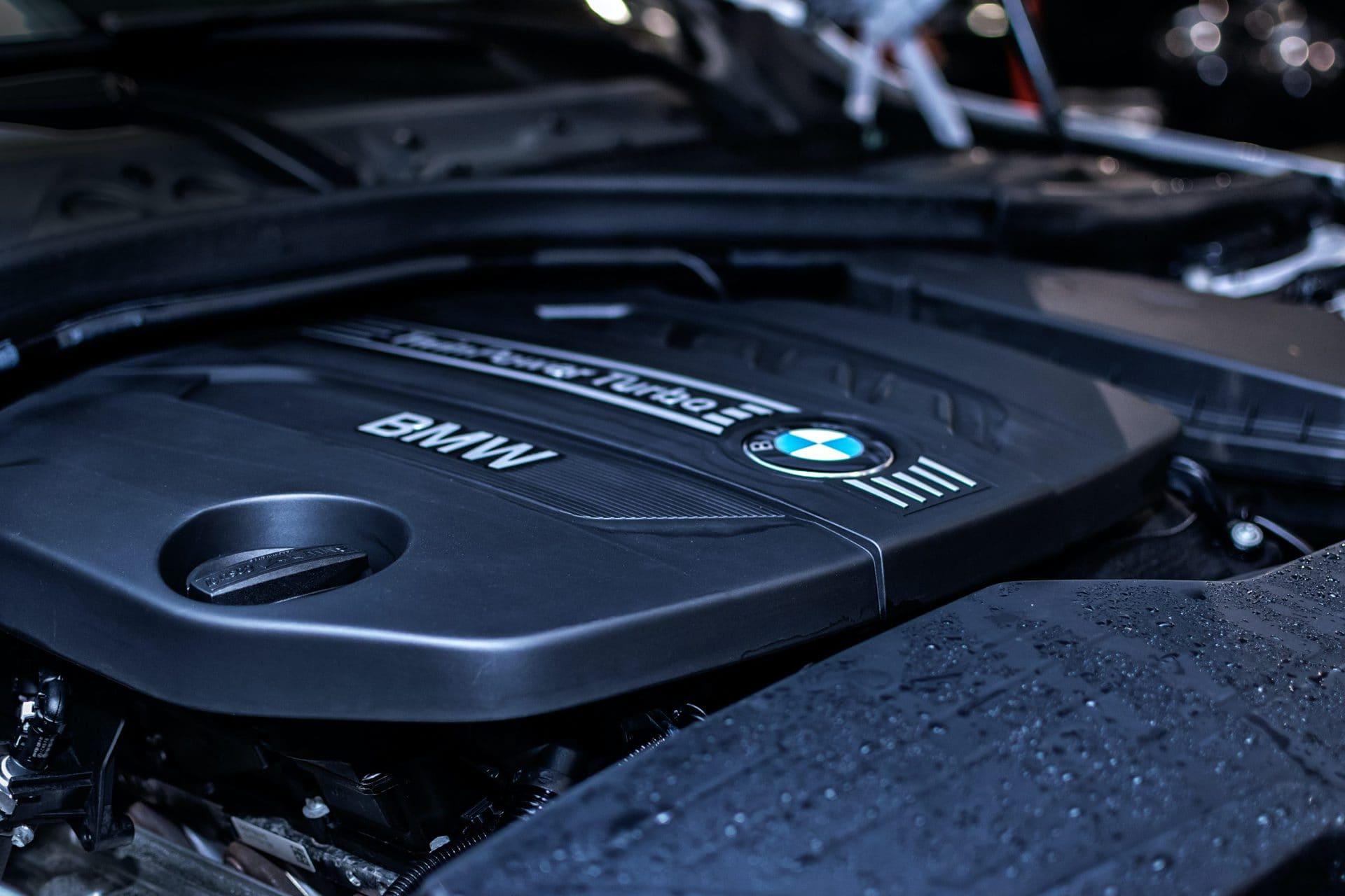 BMW-Werk: Bänder stehen länger still Reparaturen an Montagehalle verzögern Einbau neuer Förderbänder