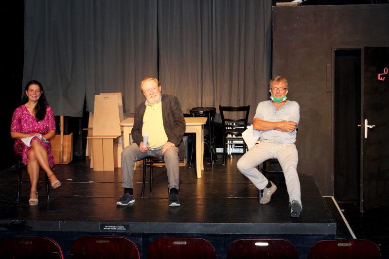 """Das Turmtheater auf der DEZ-Bühne Neue Spielstätte in Pandemie-Zeit / Premiere am 9. 10. mit Komödie """"Trennung frei Haus"""""""