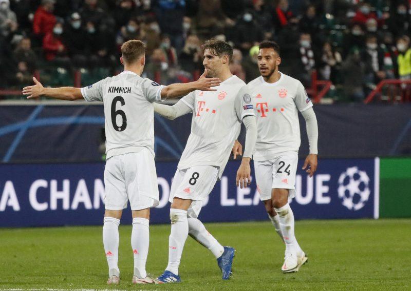Bayerns Kraftzentrum: Kimmich löst seine Bringschuld ein Champions League: FCB gewinnt mit 2:1 gegen Lokomotive Moskau