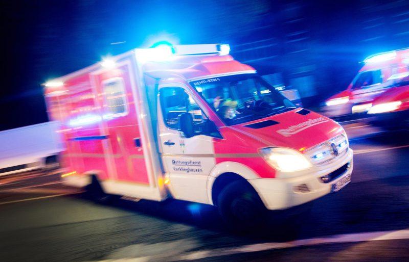 Lastwagenfahrer stirbt bei Unfall auf Autobahnparkplatz 47-Jähriger zwischen zwei Führerhäusern eingeklemmt