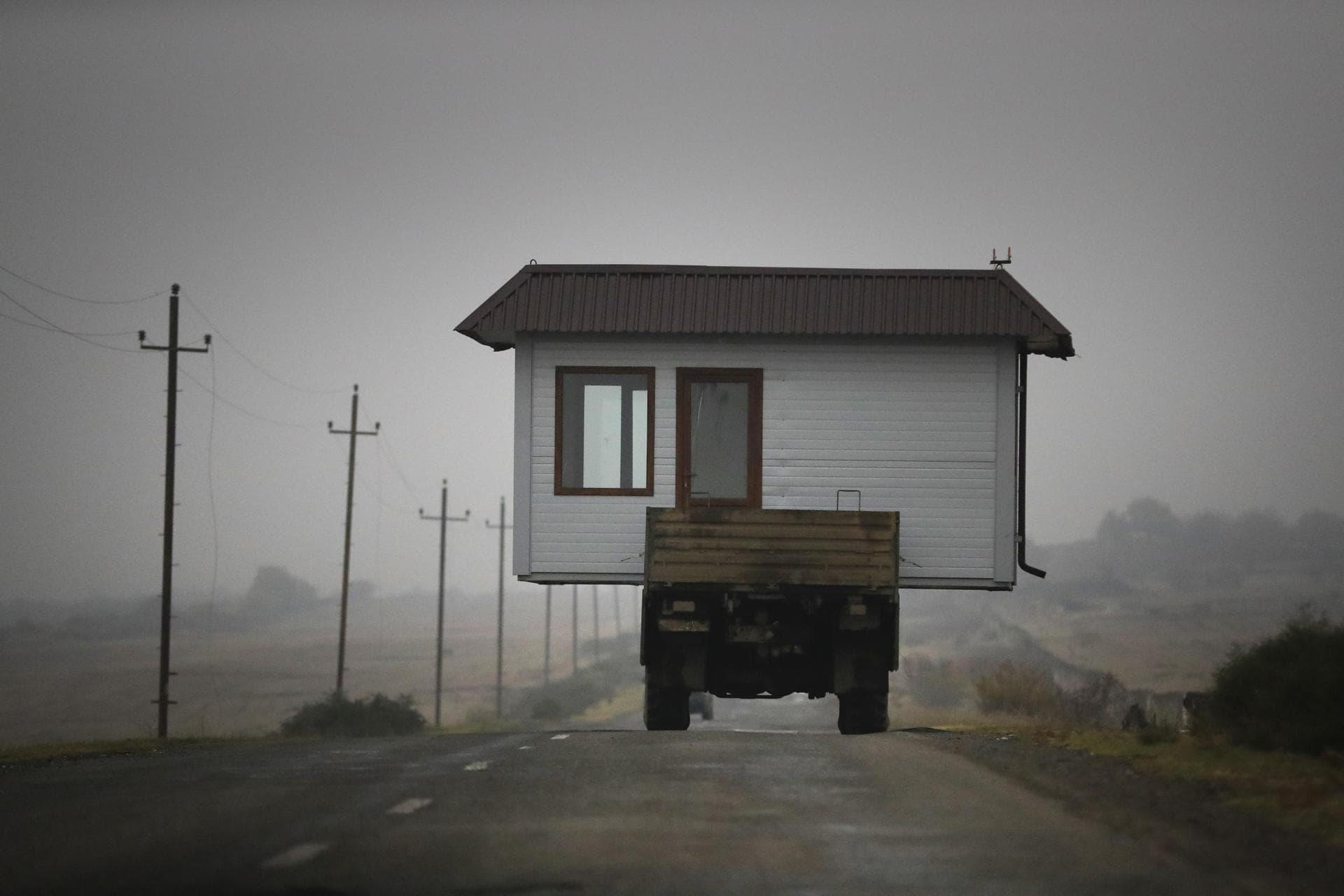 Armeniens Premier plant Wiederaufbau Karabachs Rückhalt aus Russland