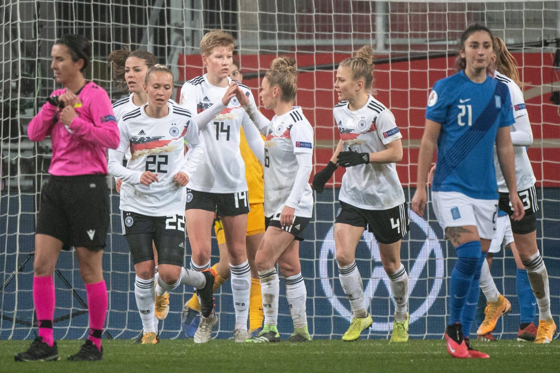 6:0 gegen Griechenland Fußball-Frauen wahren Top-Bilanz