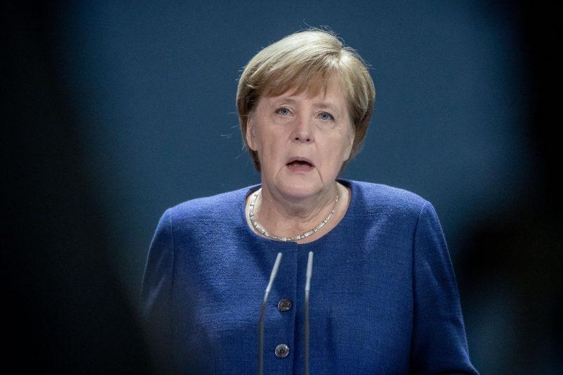 Merkel stimmt Bürger auf harte Monate ein Vor Bund-Länder-Schalte