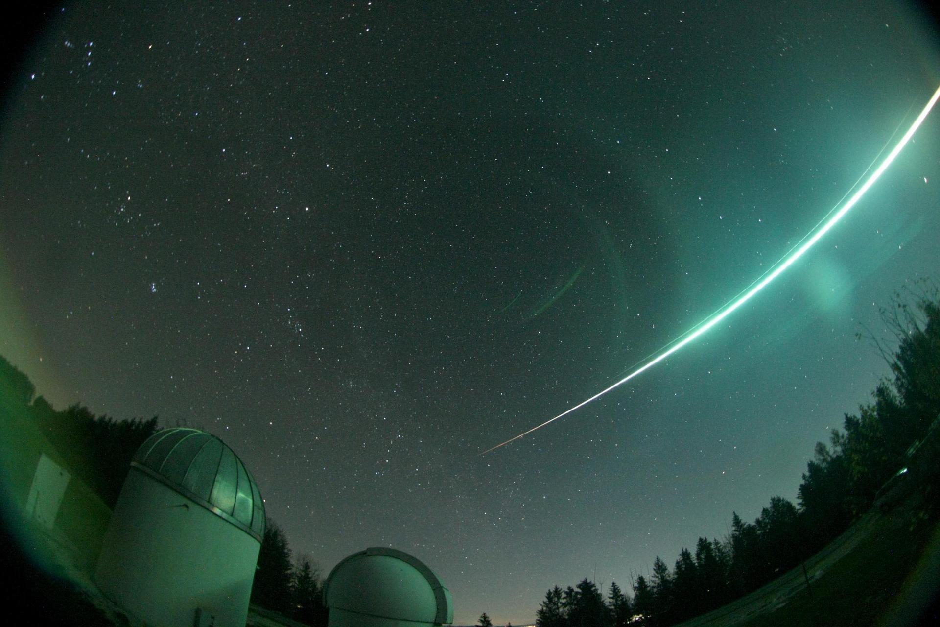 Phänomen am Nachthimmel Besonders heller Meteorit