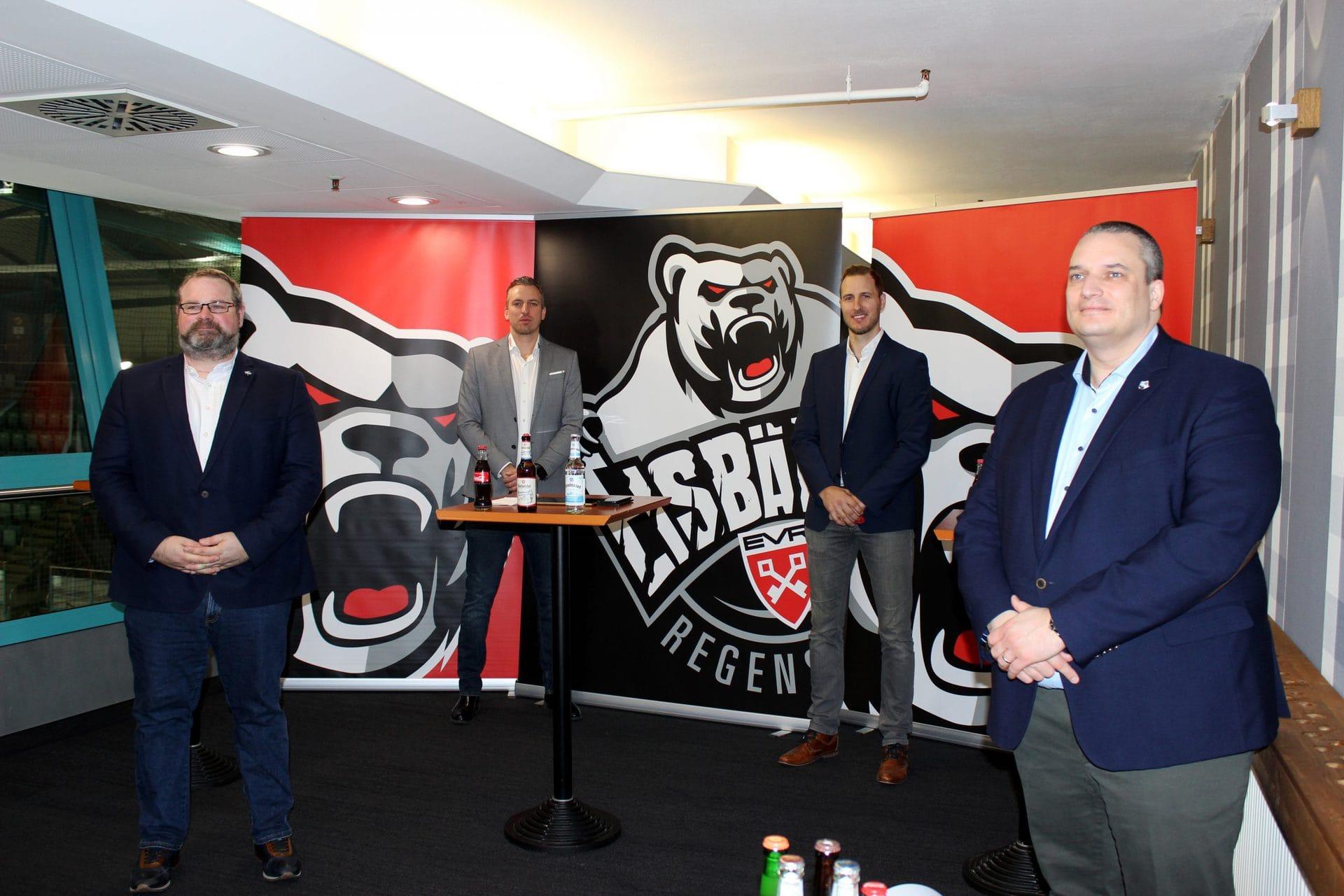 Vor dem Saisonstart in der Oberliga Süd verkünden die Eisbären Regensburg positive Nachrichten Rewag und Stadtwerk.Regensburg verlängern Partnerschaft mit dem Regensburger Eishockeyverein und bleiben Gold Partner