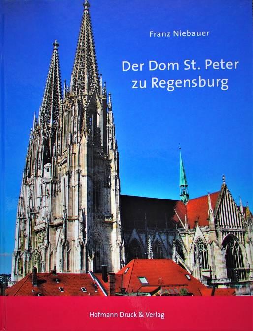 """So haben Sie das gotische Gotteshaus an der Donau noch nie gesehen Blizz verlost den Bildband """"Der Dom St. Peter zu Regensburg"""""""