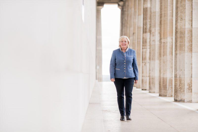 Mehr Sicherheit für Besucher der Walhalla MdL Sylvia Stierstorfer setzt sich für ergänzende Schutzmaßnahmen ein