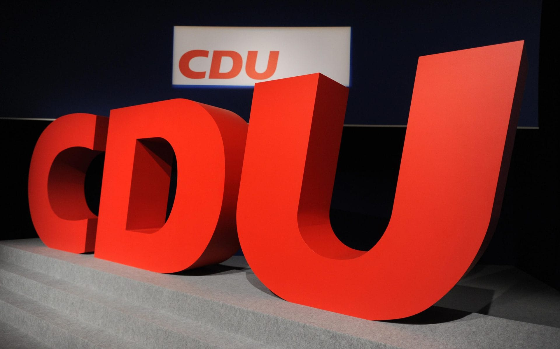 CDU-Spitze entscheidet über Ablauf des Wahlparteitags Wahrscheinlich digital