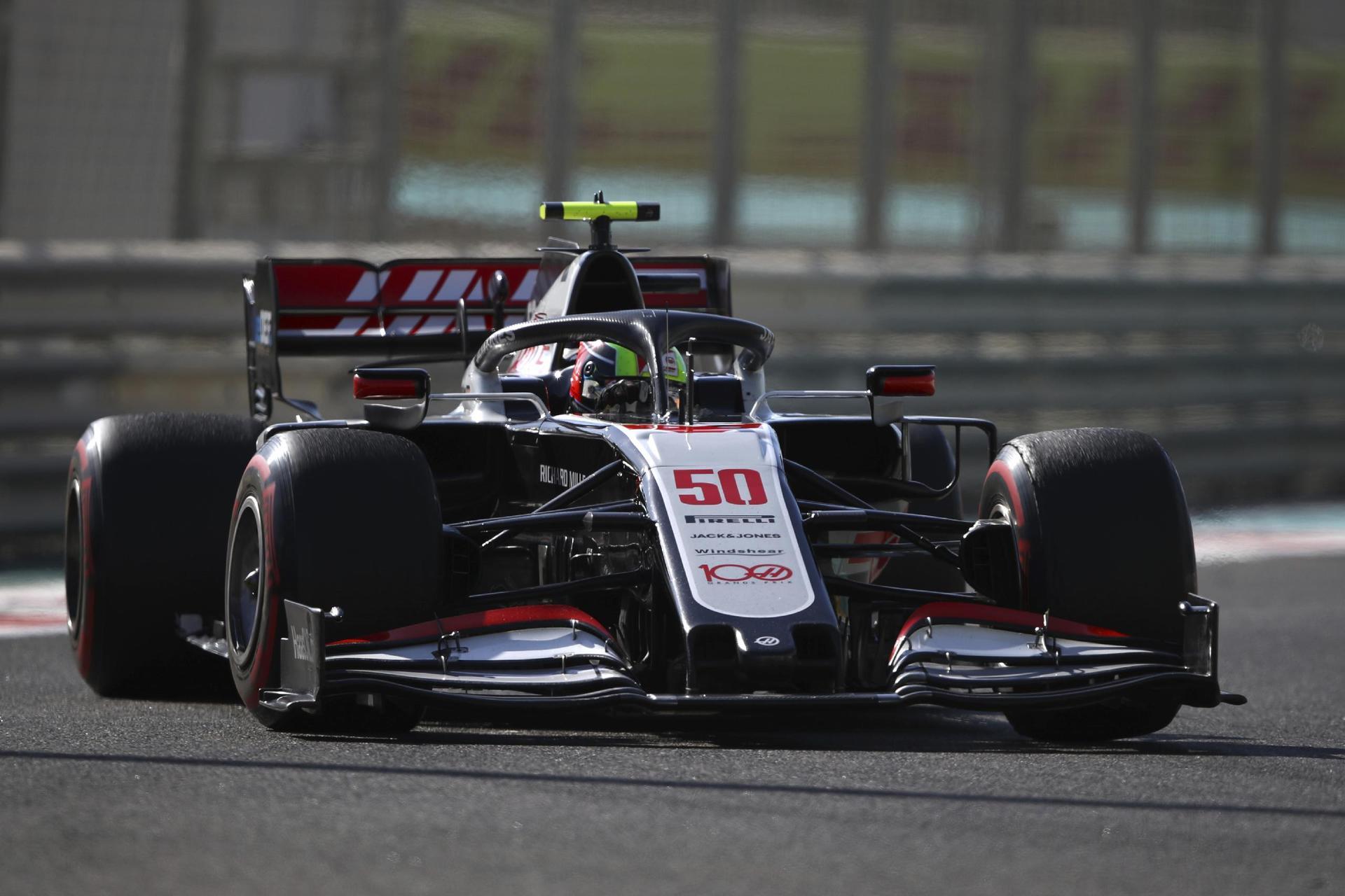 Schumacher startet F1-Karriere – «Super Job» bei Premiere Erste Ausfahrt im Haas