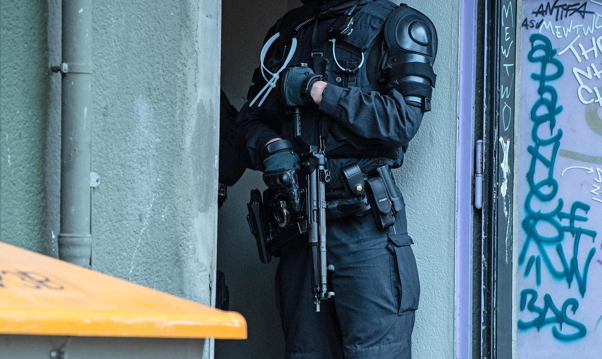 Razzia in Islamisten-Szene 190 Polizisten im Einsatz