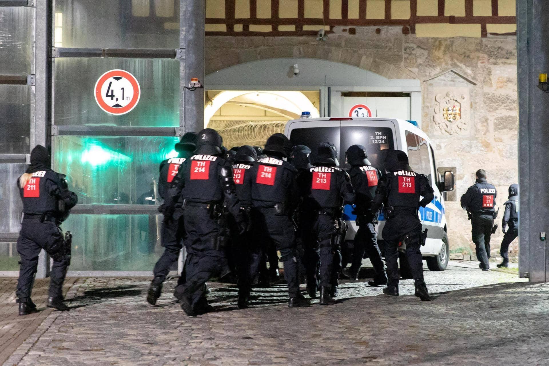 Verletzte bei Gefangenenmeuterei in Thüringer Gefängnis Polizei ermittelt