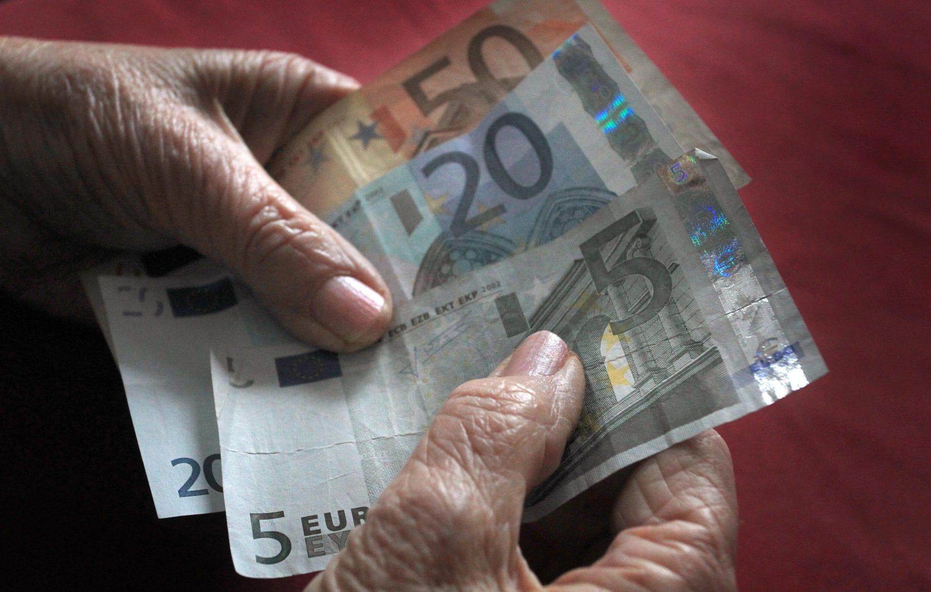 Was auf die Rentner zukommt Unter anderem höhere Bezüge