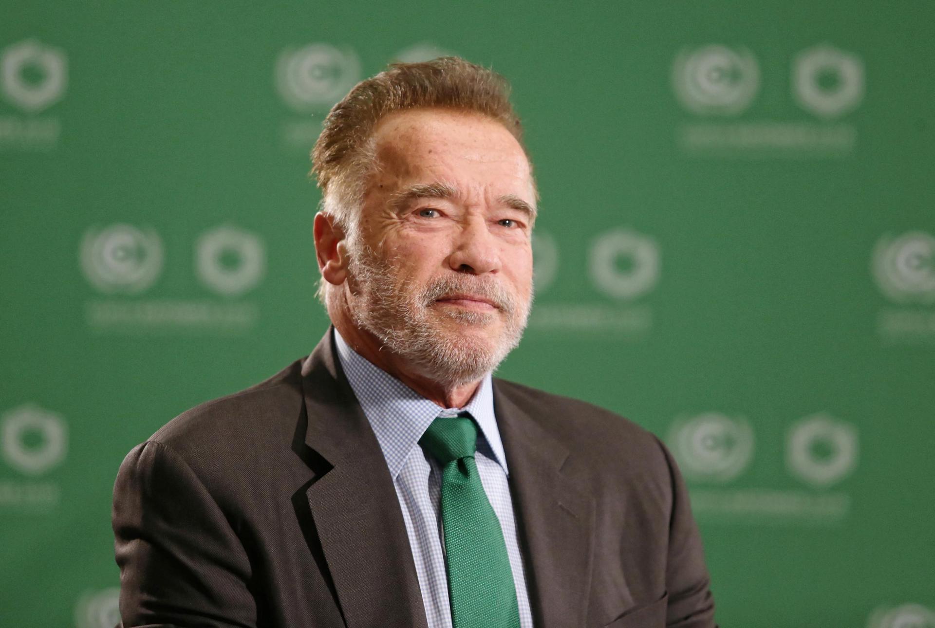 Arnold Schwarzenegger gegen Covid-19 geimpft Pandemie