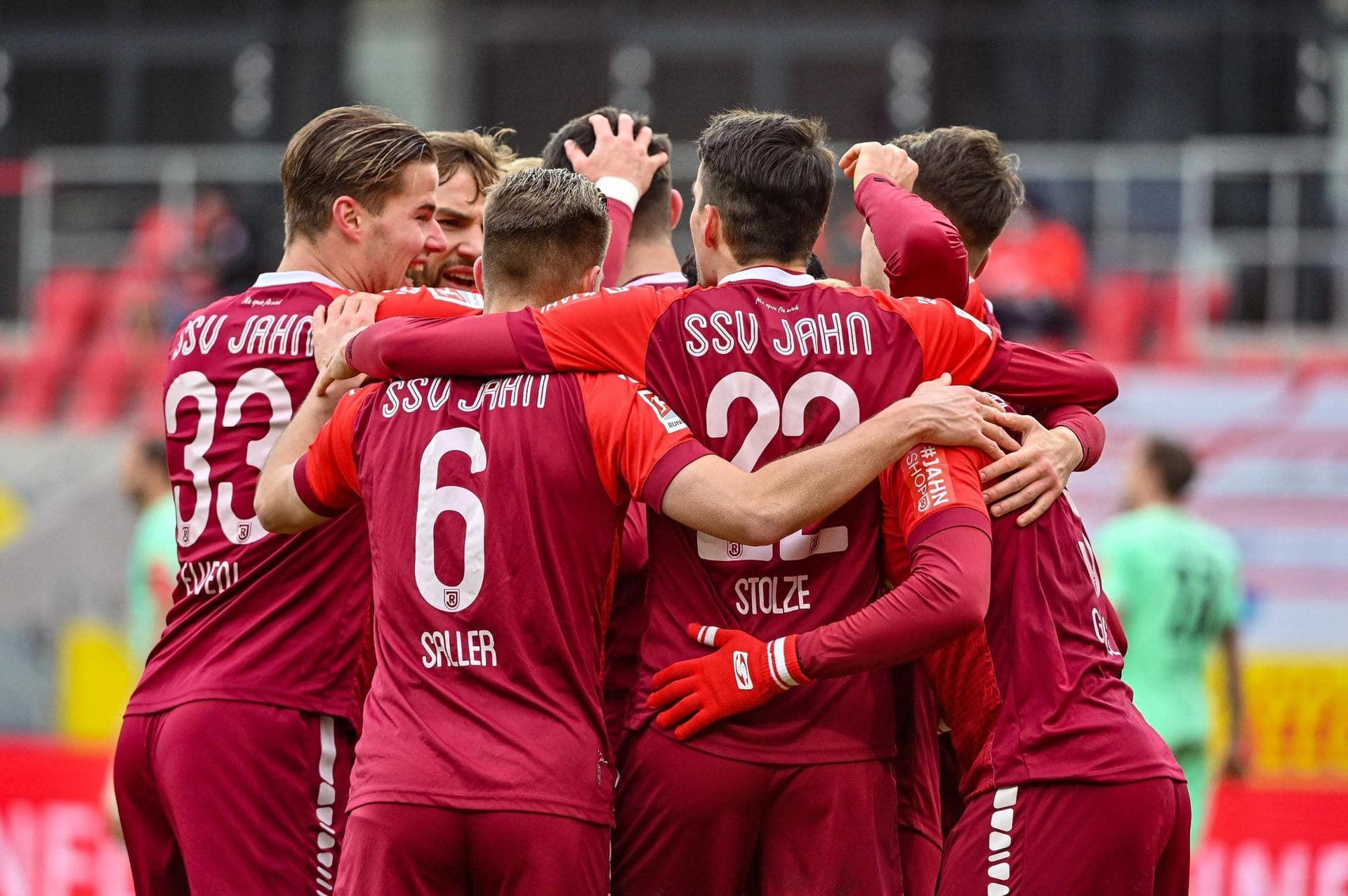 SSV Jahn Regensburg siegt «wie im Rausch» Drei Tore in zehn Minuten