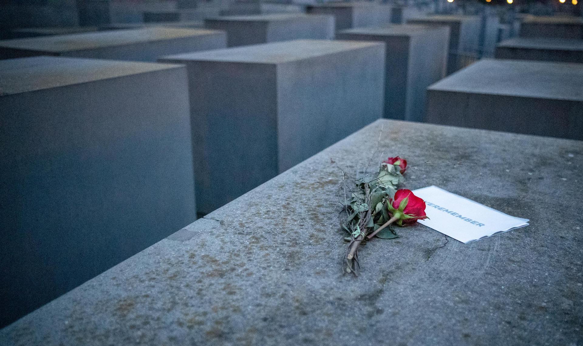 Grütters warnt vor Relativierung von NS-Verbrechen Holocaust-Gedenktag