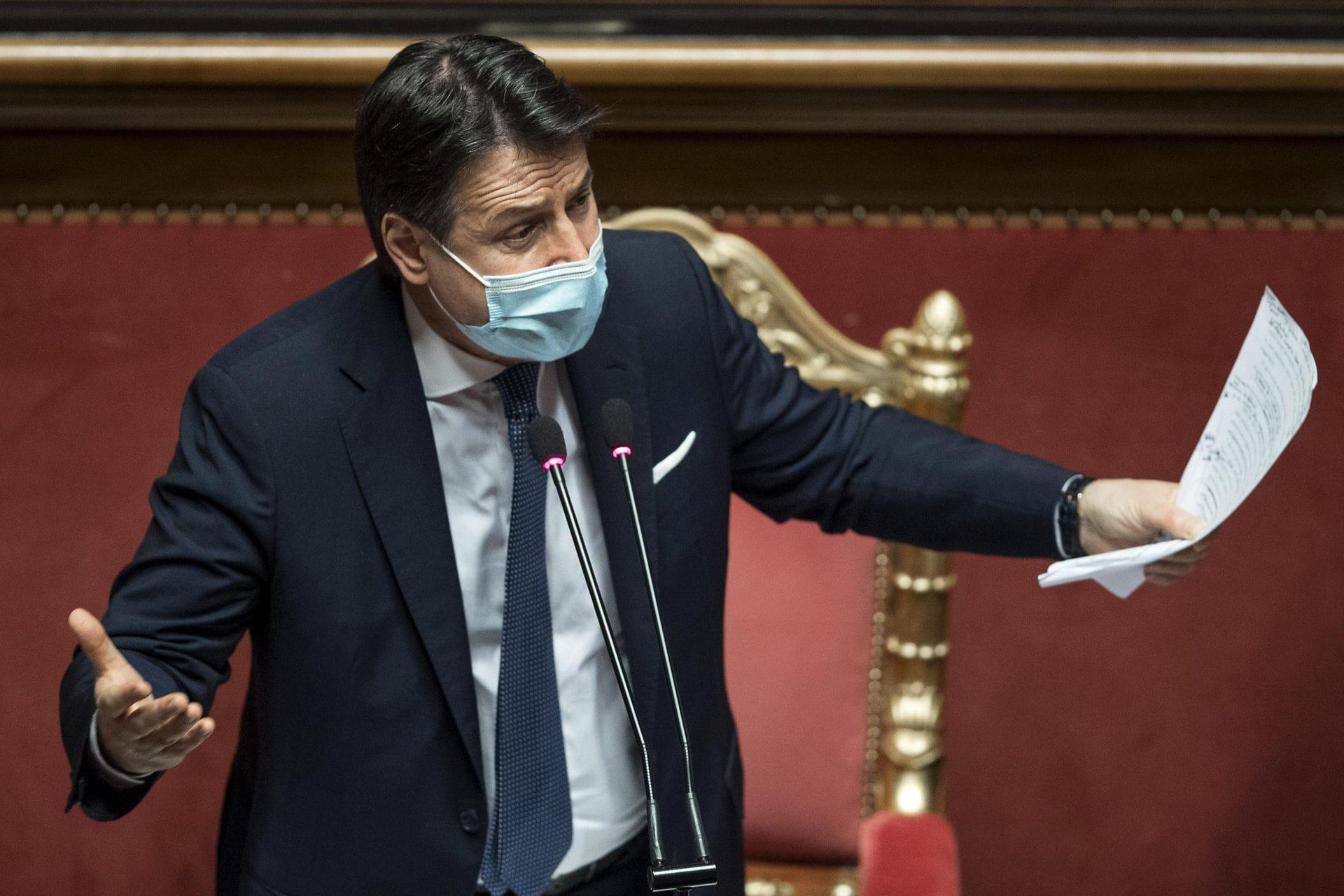 Italiens Ministerpräsident Conte reicht Rücktritt ein Erneuter Machtpoker