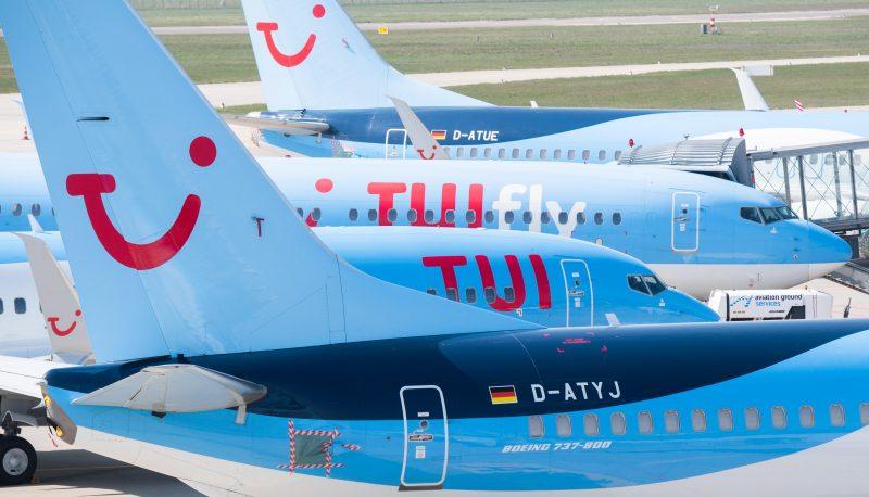 Tuifly-Maschinen am Flughafen Hannover-Langenhagen
