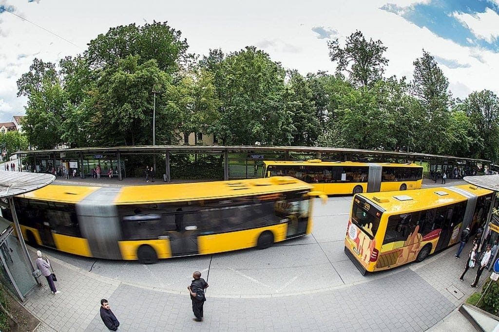 Schulbetrieb für Regensburger Abschlussklassen ab Februar Erneute Fahrplanänderung im innerstädtischen und regionalen Busverkehr
