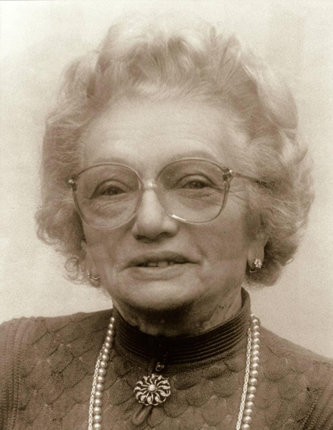 Herzensgüte weit über das eigene Leben hinaus Zum 30. Todestag von Stiftungsgründerin Sofie Kneitinger