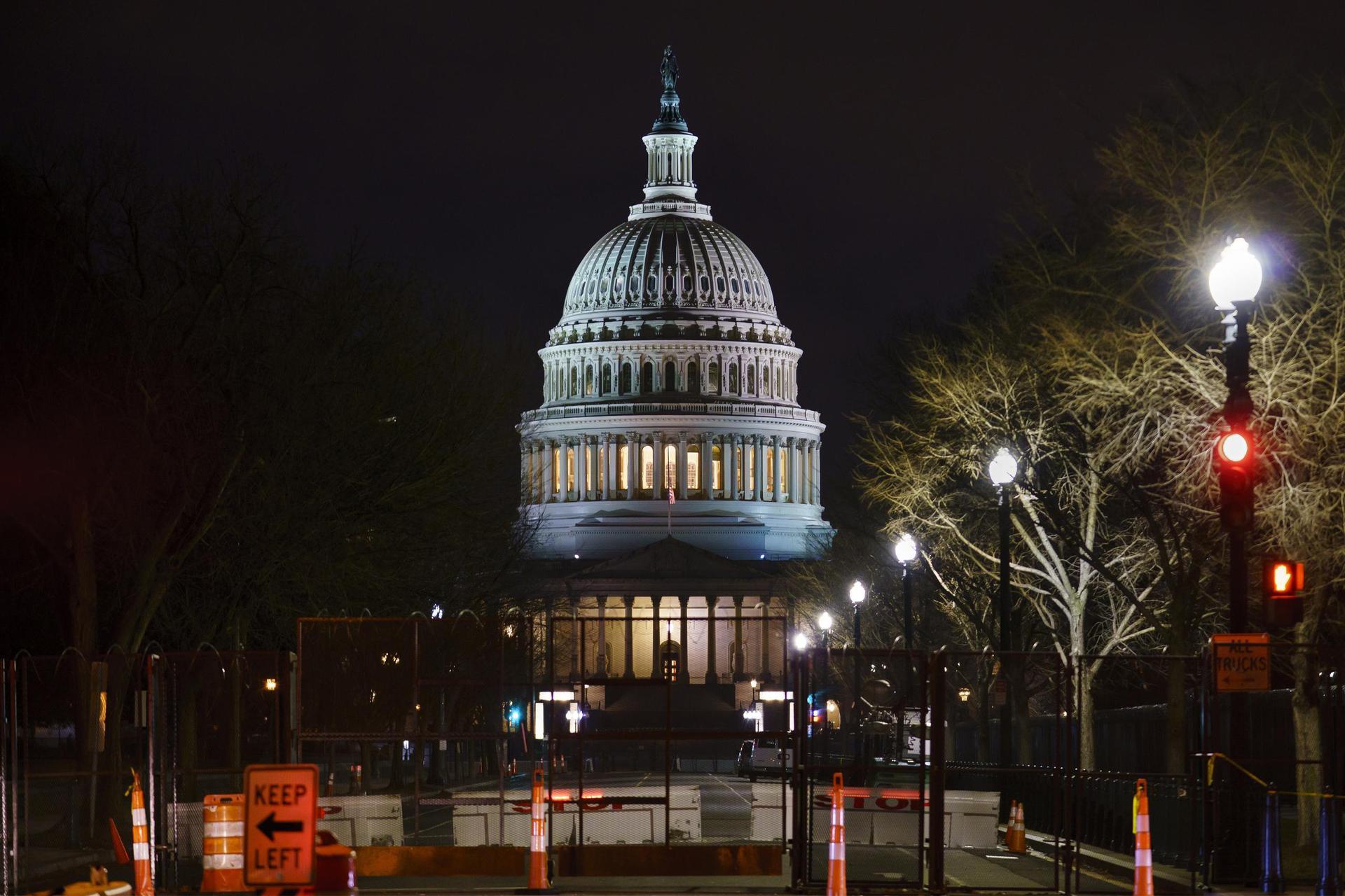 Amtsenthebungsverfahren gegen Trump verfassungsgemäß Votum im US-Senat
