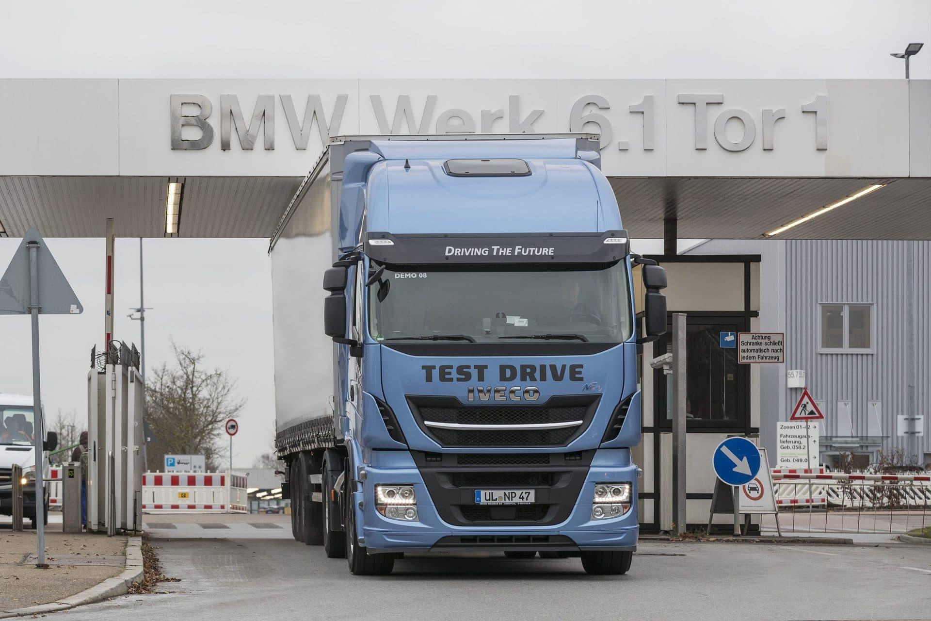 BMW Werk Regensburg: Vorreiter in der emissionsfreien Transportlogistik LKWs fahren mit Flüssiggas-Treibstoff